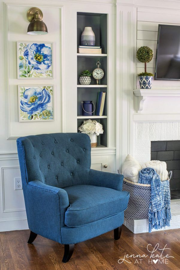 Best Coastal Inspired Summer Living Room Navy Blue Grey 400 x 300