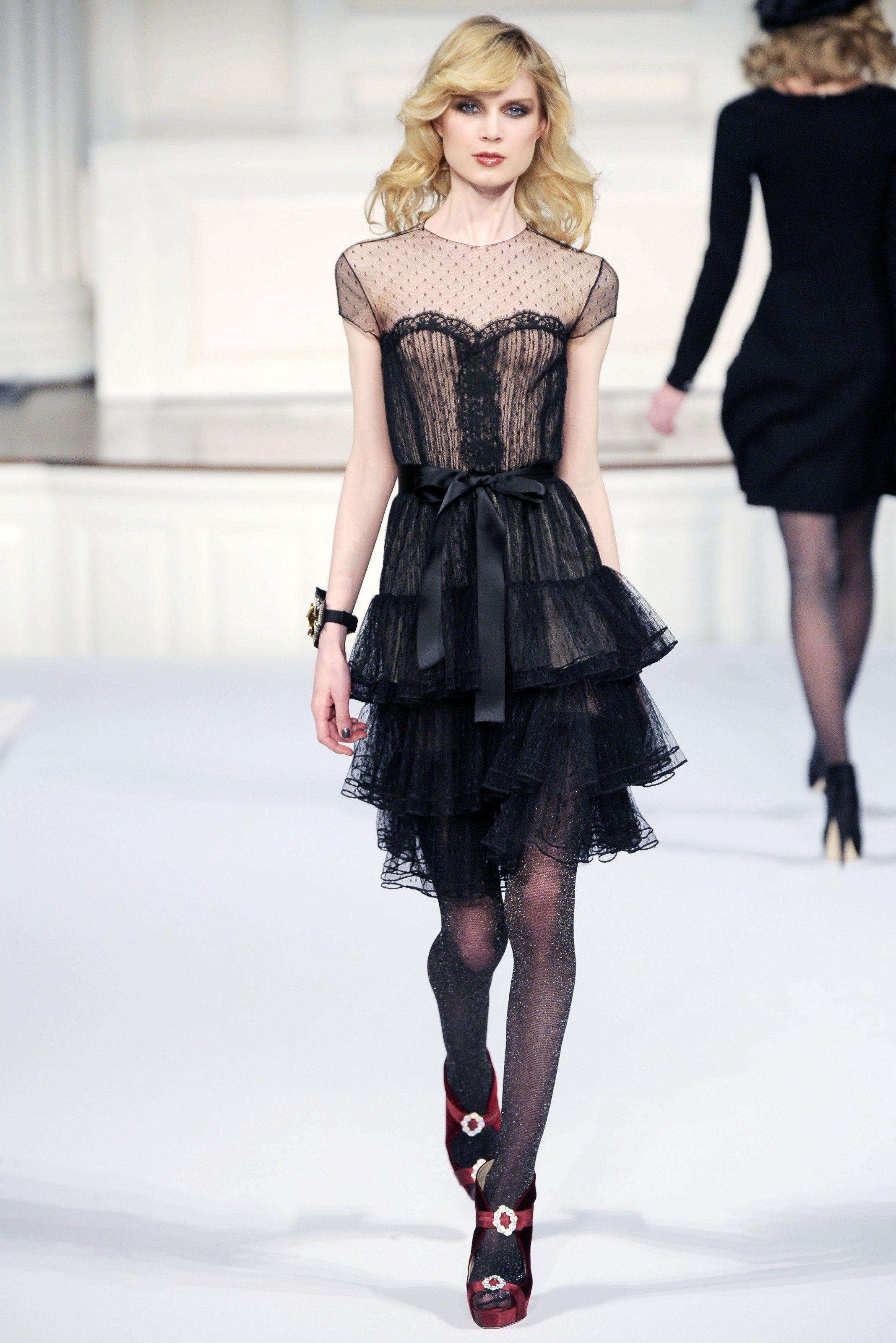 Sfilata Oscar de la Renta New York - Collezioni Autunno Inverno 2010/2011 - Vogue