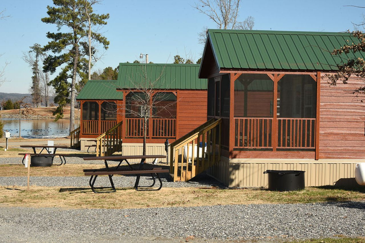 Check Out These Camper Cabins At Beautiful Lake Guntersville State Park Al Com In 2020 Cabin Guntersville State Park Beautiful Lakes