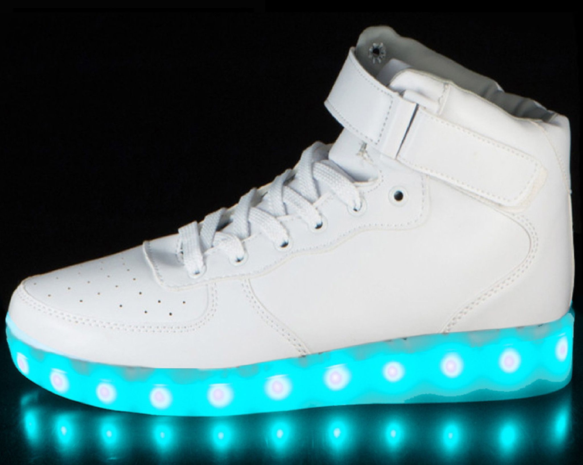 separation shoes e4e72 a3bac Choose a pair of led light up shoes that fit you best! Enjoy an assortment  of the brightest led colors such as red, yellow, green, blue, purple, aqua,  ...