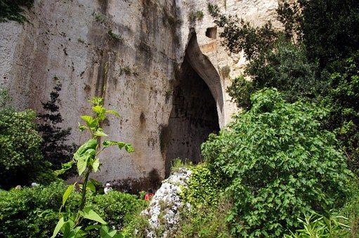 Syrakus, Siracusa, Ohr Des Dionysos