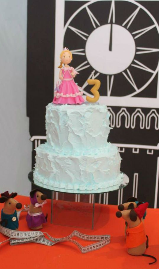 The Party Wagon - Blog - CINDERELLA PARTY DESSERTTABLE