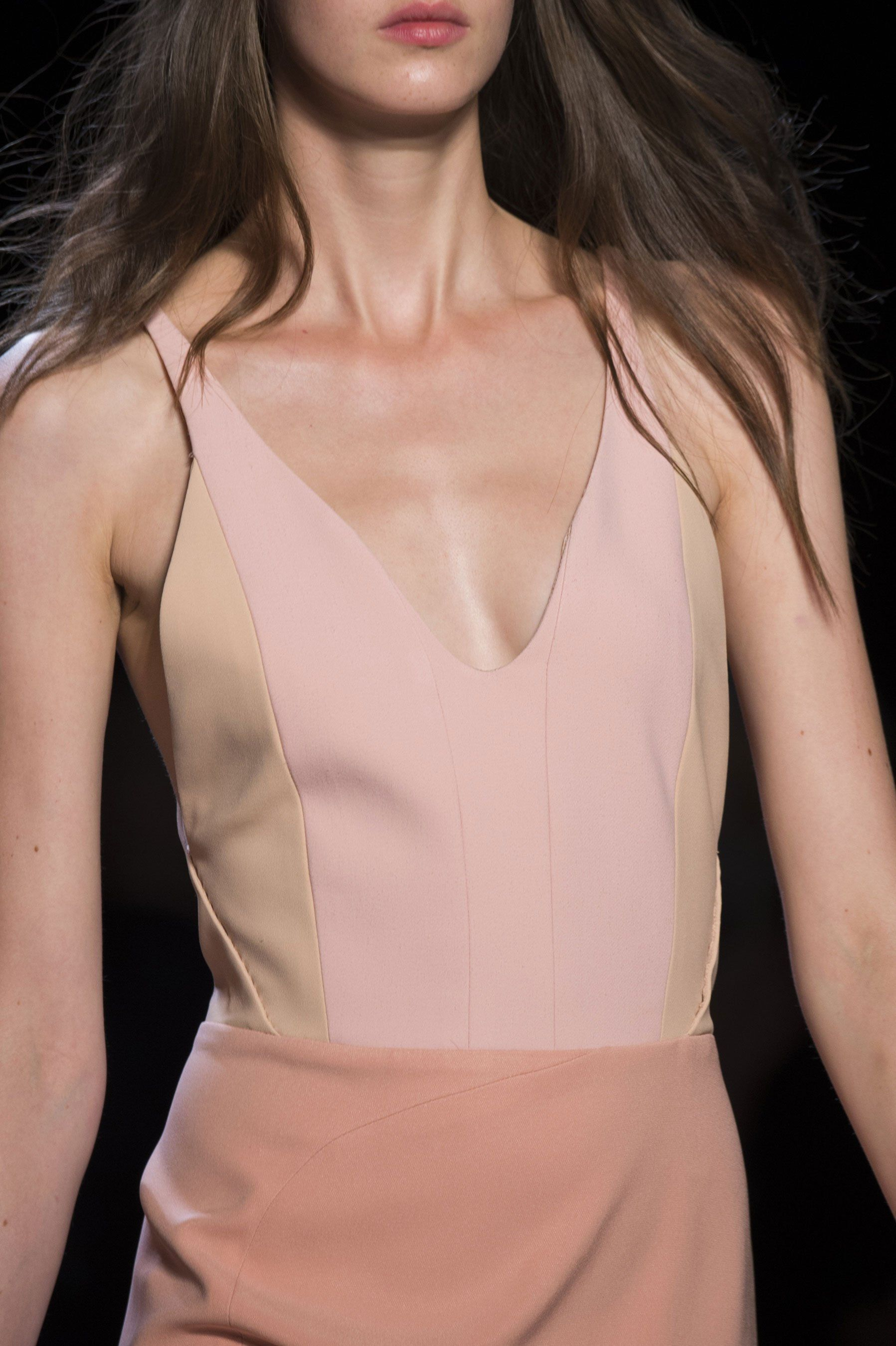 Narciso Rodriguez Spring 2015 _ | H E R | Pinterest | Pink, Rosas y ...