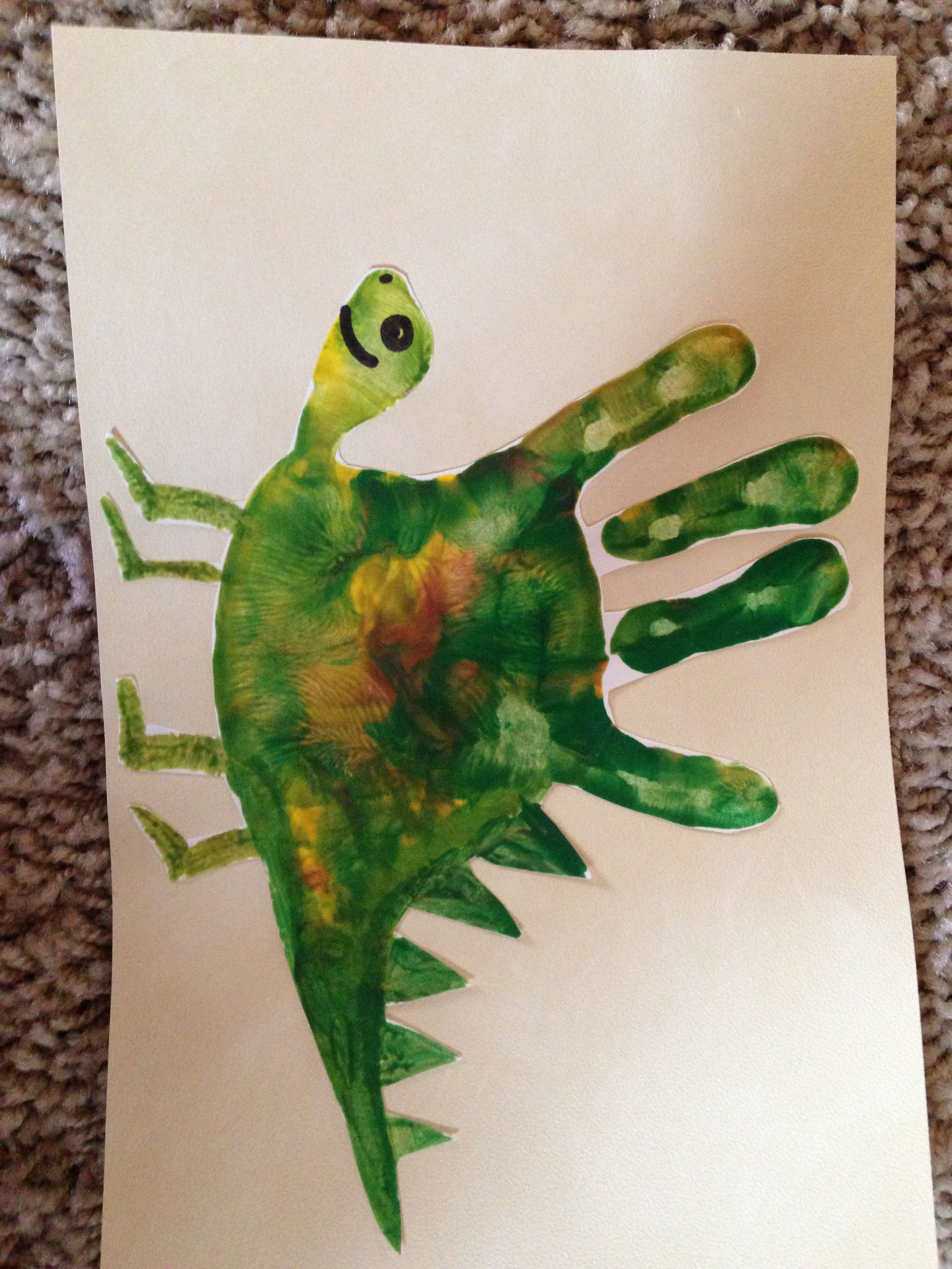 Handprint Dinosaur ~ Love the color mixture! | Kids Craft ...