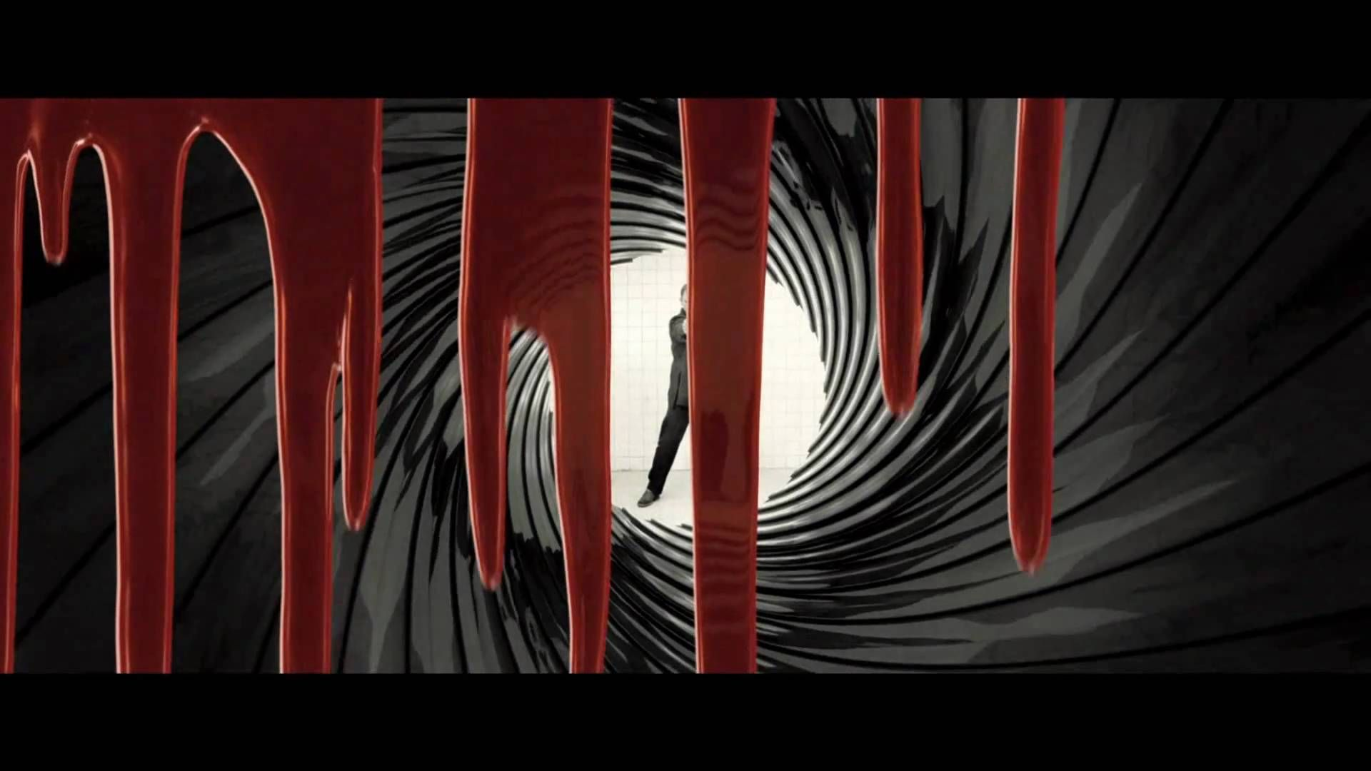 Casino Royale Opening Title Sequence Gunbarrel Title Sequence The Girl With The Dragon Tattoo Casino Royale