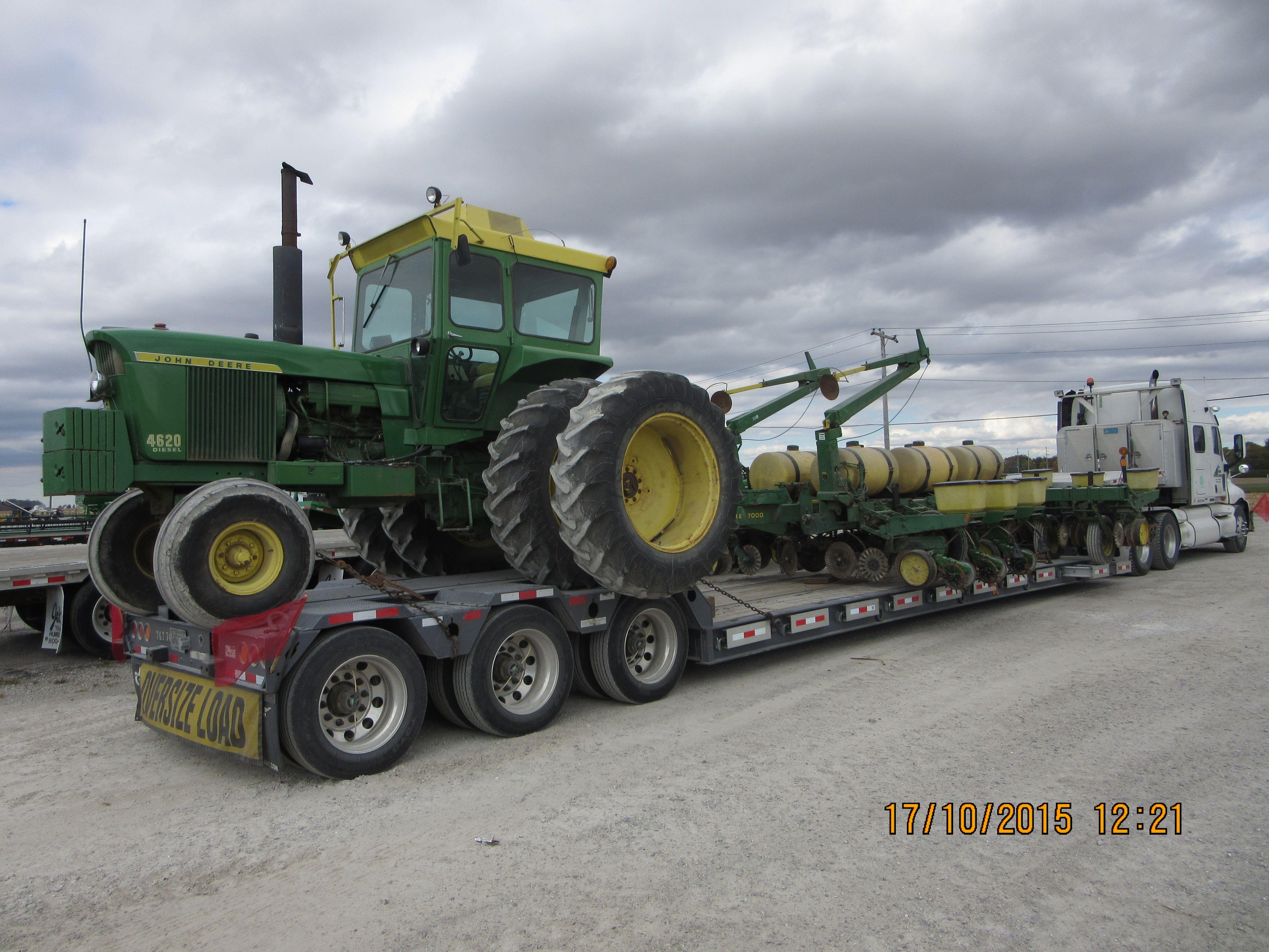 135hp John Deere 4620 12 Row Max Emerge 7000 Corn Planter Tri
