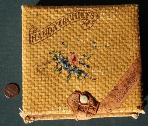 1940s-Era-Cincinnati-Ohio-Coney-Island-Rattan-Handkerchief