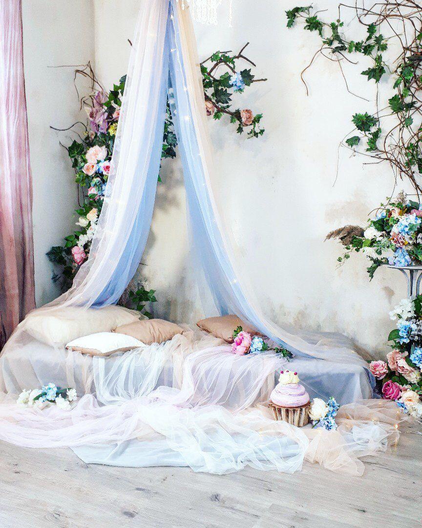 Фотостудия кровать с балдахином москва