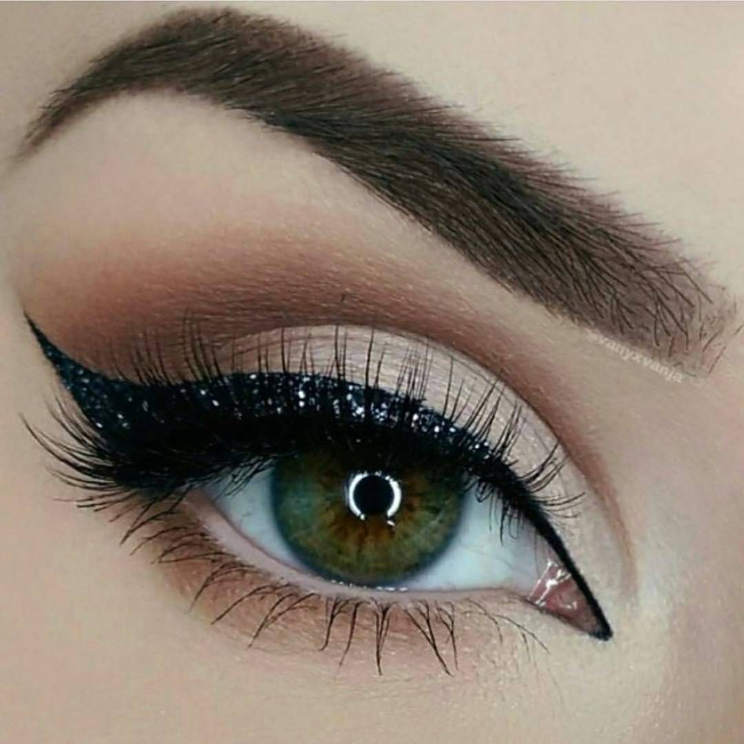 Pin By Benefit Beauty On Make Up Pinterest Make Up Eye And