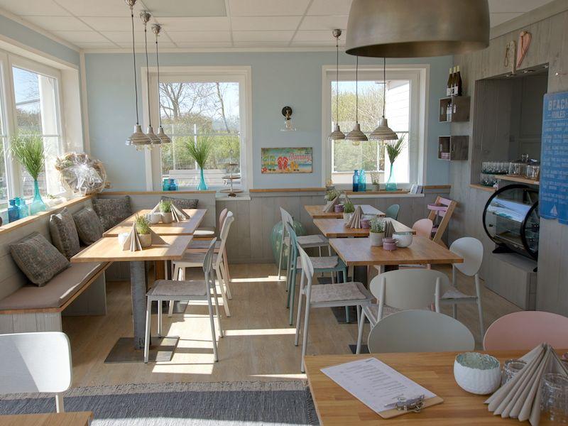 Gastromobel Gastronomie Tisch Einrichtung Lounge Mobel Gastro Einrichtung Pflanzkasten