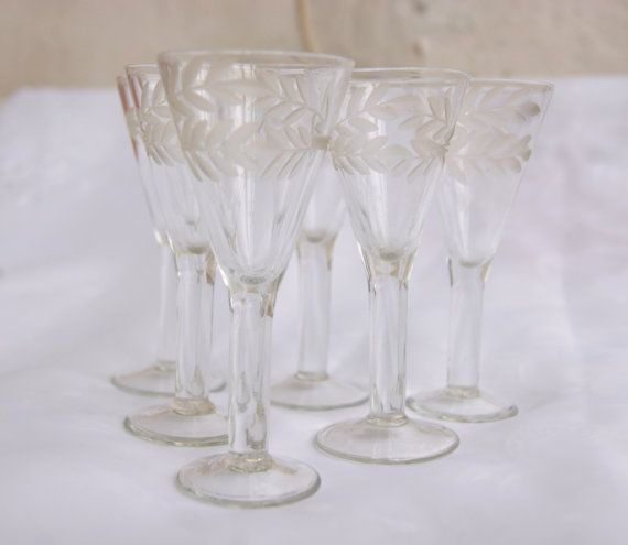 Set of 6 USSR Soviet drinking glasses with wonderful leaf ornament for drink