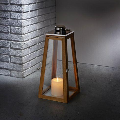 stilvolle laterne aus holz und edelstahl f r stimmungsvolle beleuchtung glanzlichter pinterest. Black Bedroom Furniture Sets. Home Design Ideas
