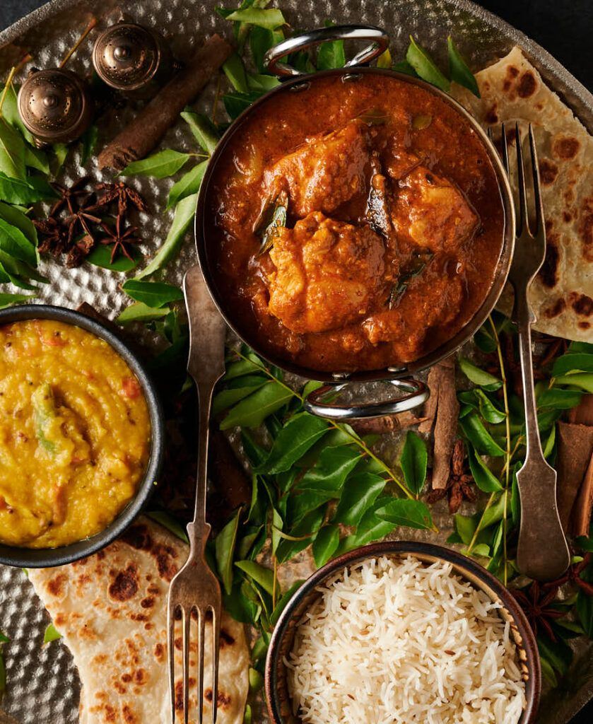 Chettinad Chicken Curry Indian Hotel Style Recipe In 2020 Curry Chicken Chettinad Chicken Curry