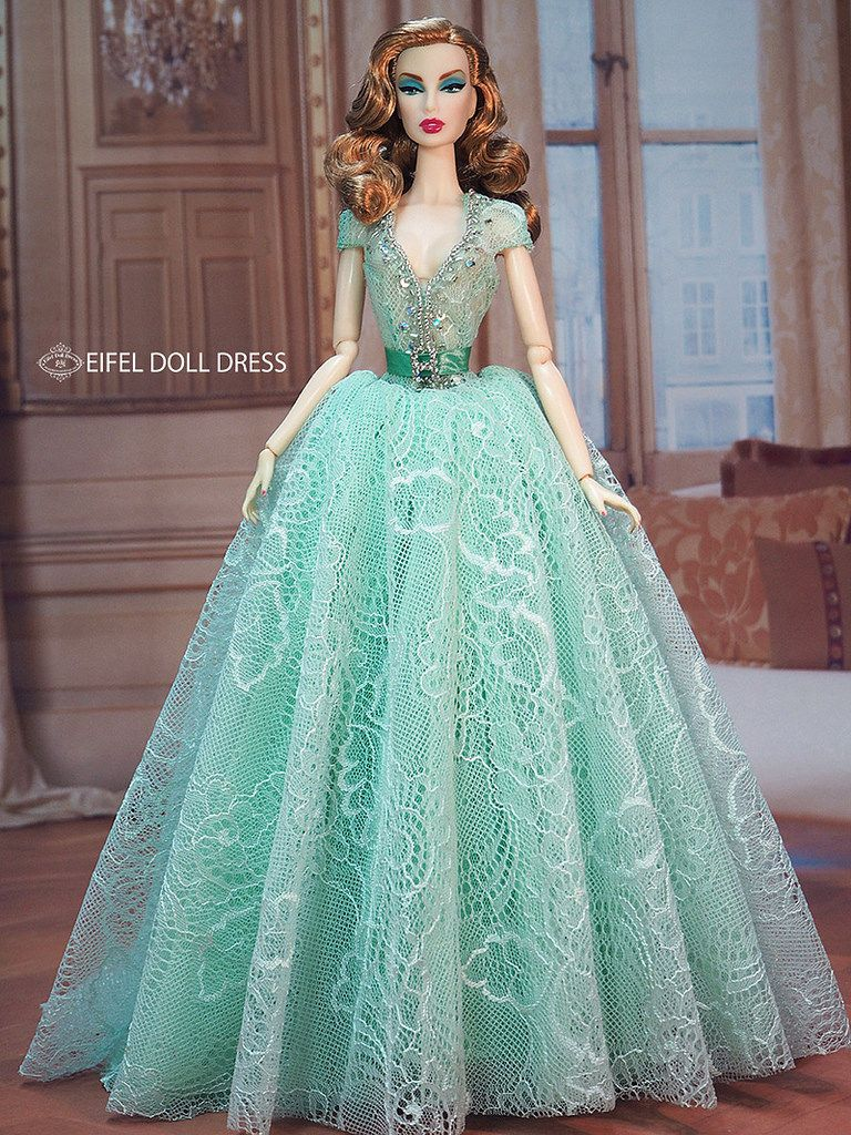 New Dress for sell EFDD   Dolls, Check and Barbie doll