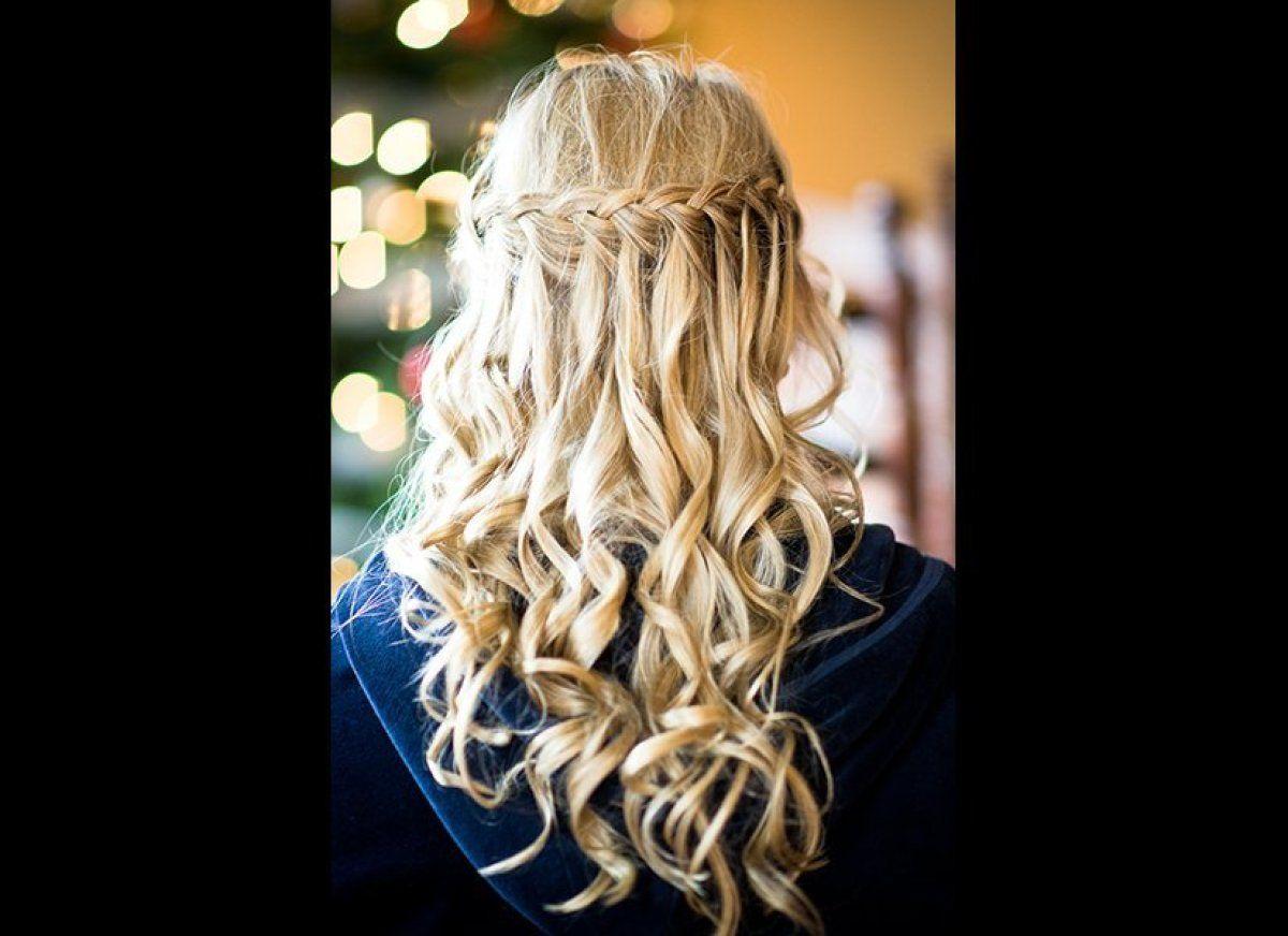 The prettiest halfup halfdown hairstyles for your wedding
