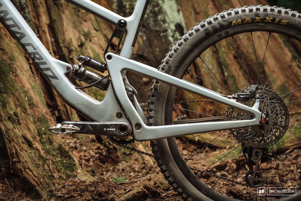 8cb65910c92 First Ride: The New Santa Cruz Bronson | bici pure lifestyle | Santa ...