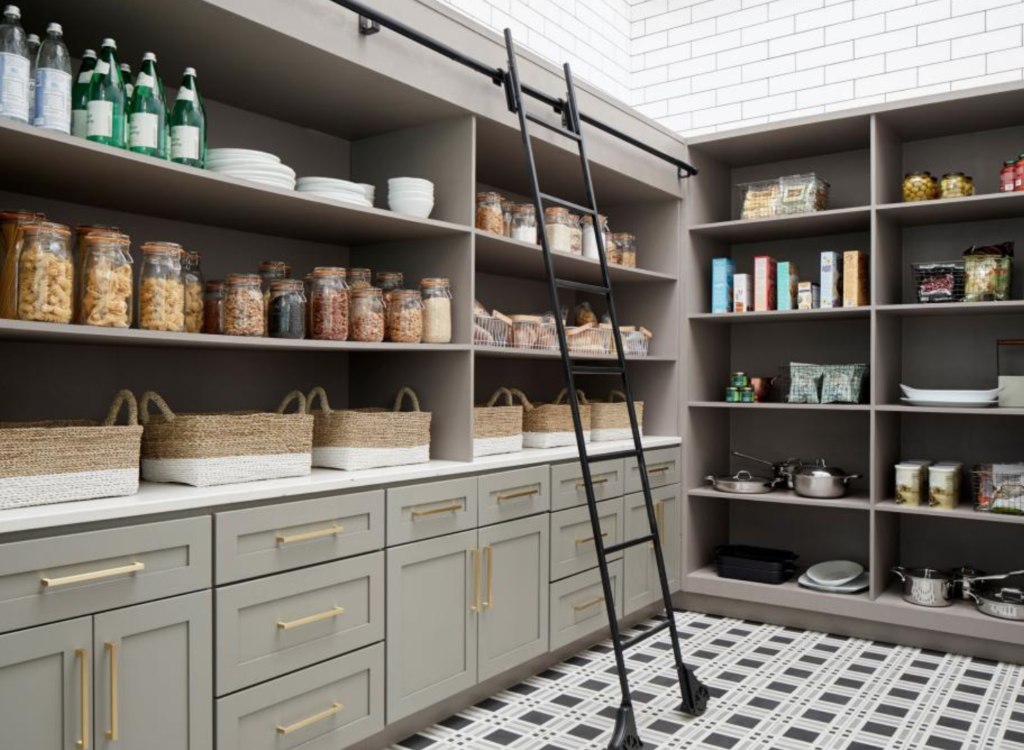 The 15 Most Inspiring Pantry Designs On Pinterest #largepantryideas