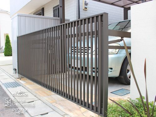 車庫扉 跳ね上げ門扉 Lixil Toex ワイドオーバードアs2型 ガレージのドア 家 エクステリア