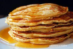 Aprende a preparar unas deliciosas tortitas americanas o pancakes caseros, es una receta muy sencilla y rápida perfecta para el desayuno o merienda