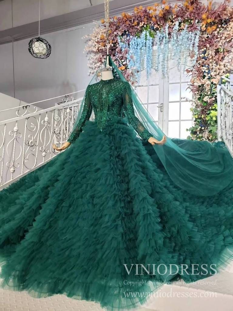 Luxury Long Sleeve Emerald Green Couture Dresses Beaded Debut Gowns Fd1927 In 2021 Green Wedding Dresses Gowns Debut Gowns [ 1024 x 768 Pixel ]