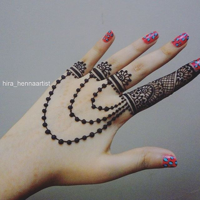 easy mehndi design back side hand