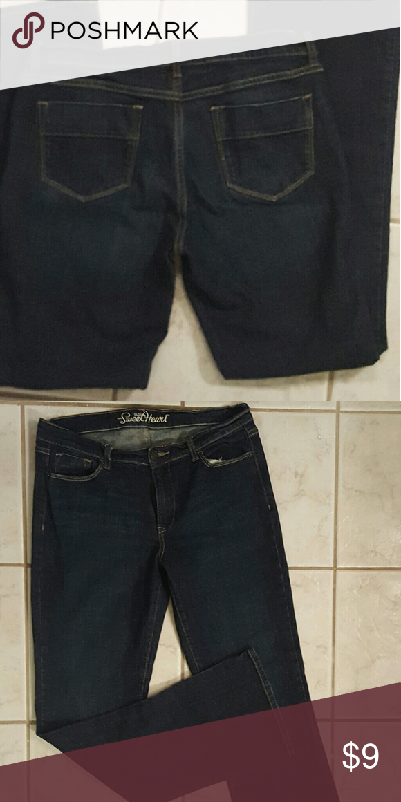 Old Navy Sweetheart jeans. Size 10L Nearly new jeans, rarely worn. No sign of wear. Old Navy Jeans Straight Leg