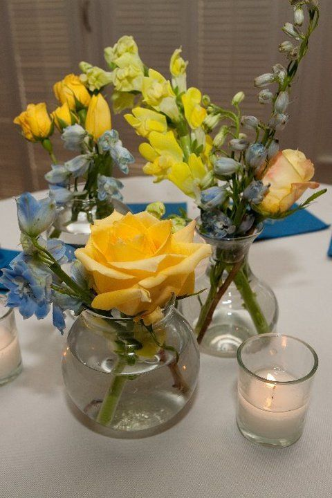 Small Flower Displays For Cocktail Tables