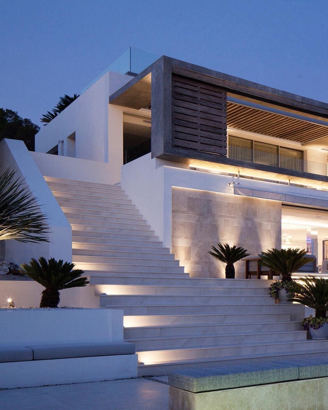 Dream House Exterior, Minimalist