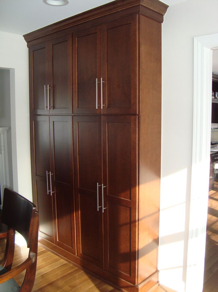 Marvelous freestanding pantry cabinet in kitchen modern for Full wall kitchen units