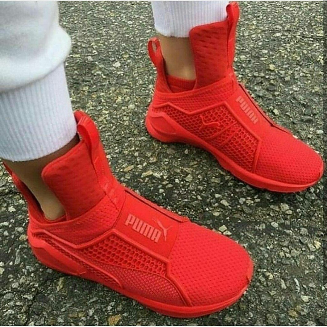 finest selection c3126 84420 Red Fenty Trainers | Foot Wear | Shoes, Shoe boots, Pumas shoes