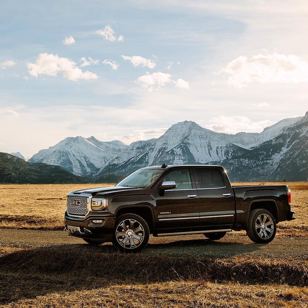Peak Meet The Pinnacle Of Professionalgrade Gmc Vehicles Gmc Denali Truck Gmc