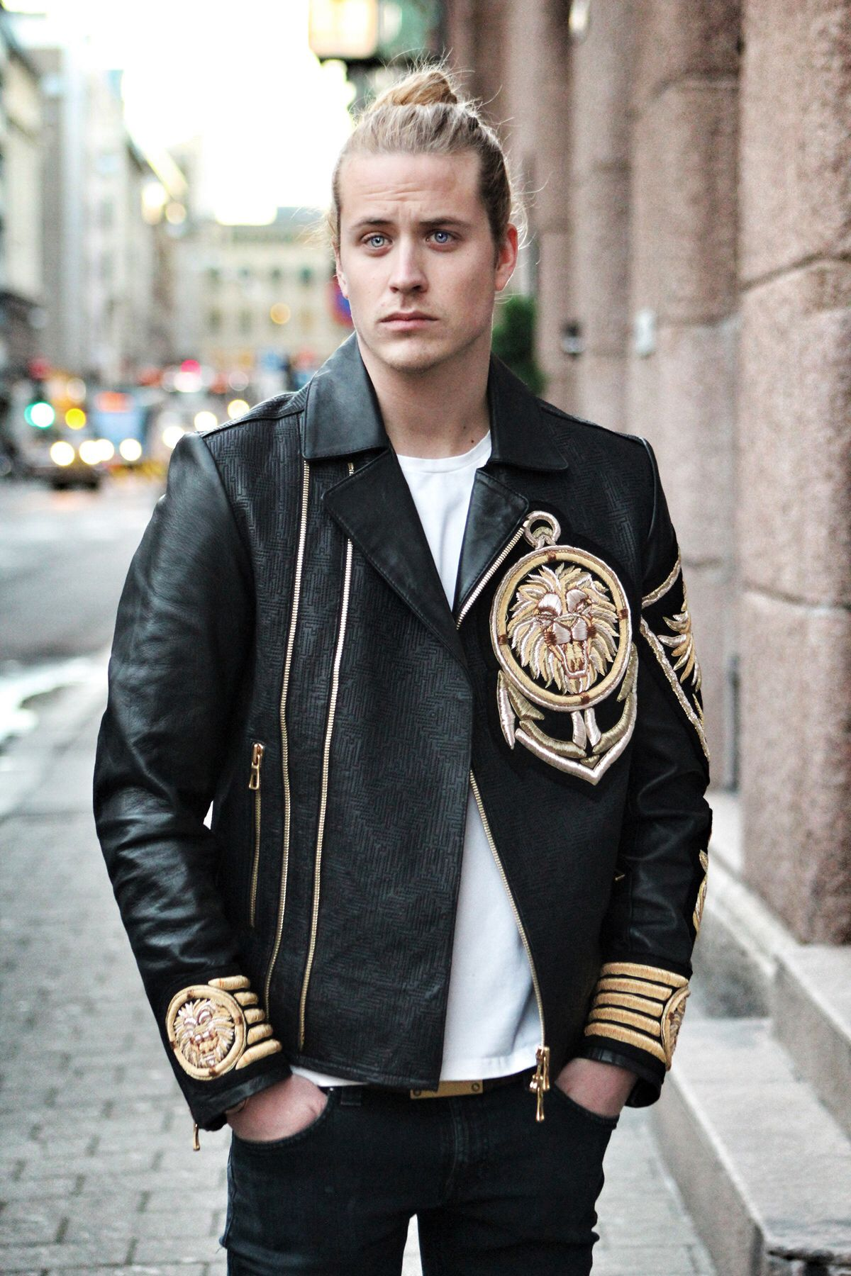 Nov 17 Balmain Black Leather Jacket | Black leather bomber jacket ...