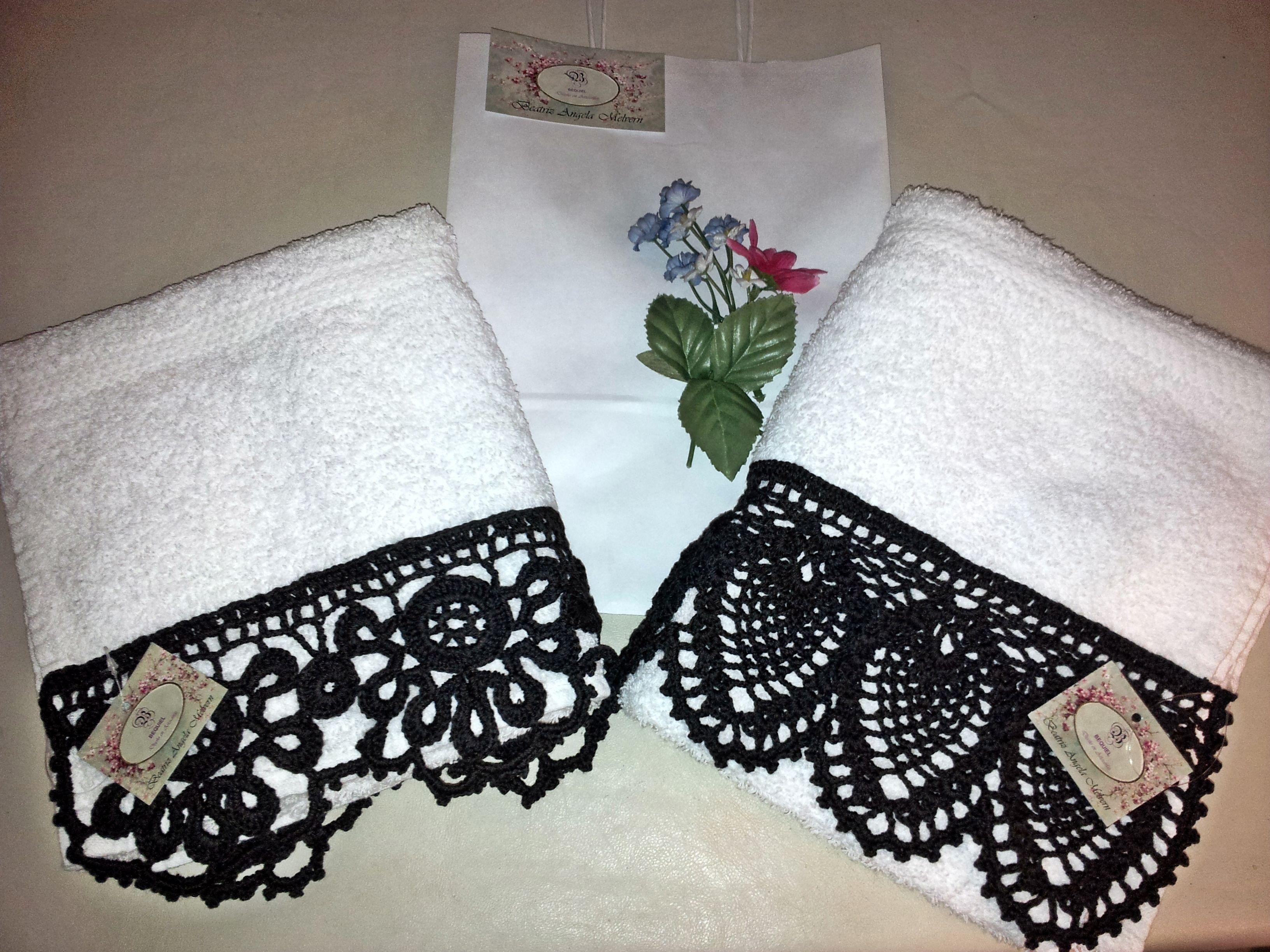 Puntillas tejidas en crochet aplicadas en toallas for Apliques para toallas