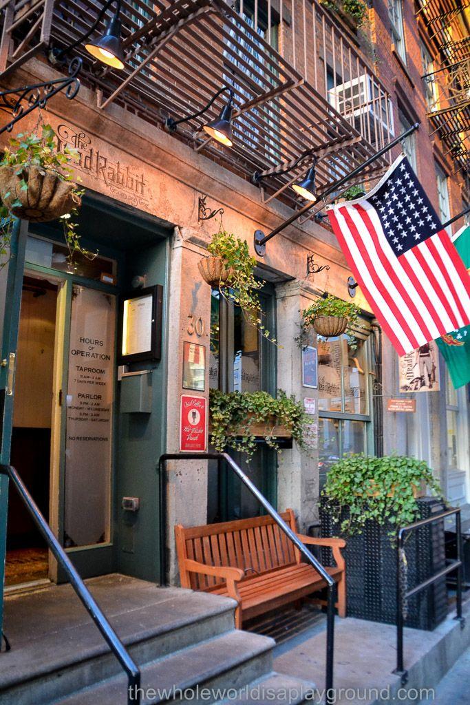 Best Bars NYC Tourist Trail ©thewholeworldisaplayground