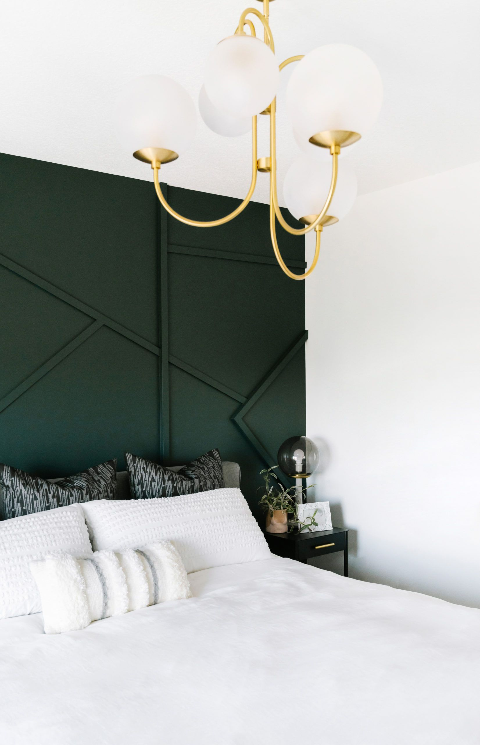 Dark Green Bedroom Inspiration Green Bedroom Decor Green Accent Walls Green Bedroom Walls Green minimalist room decoration