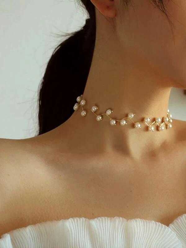 Pearl Design Choker