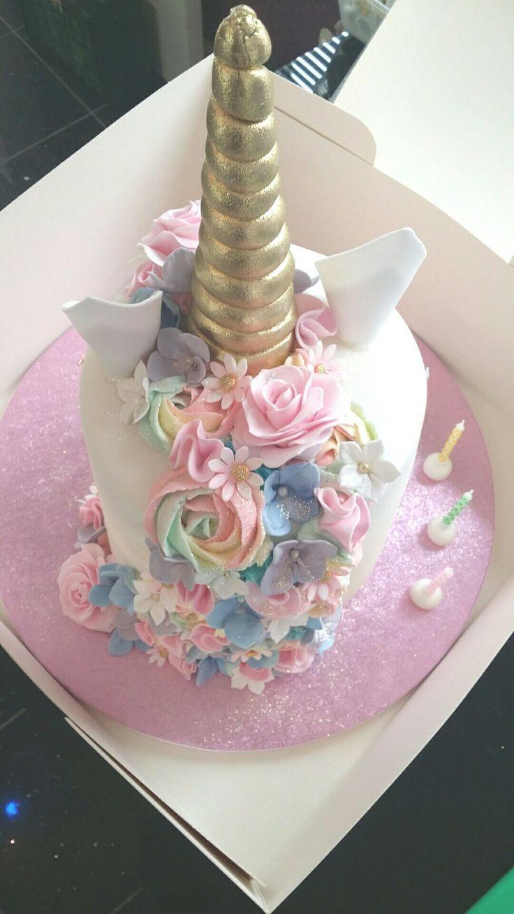 Unicorn cake (back) hallaboutthecake Unicorn birthday