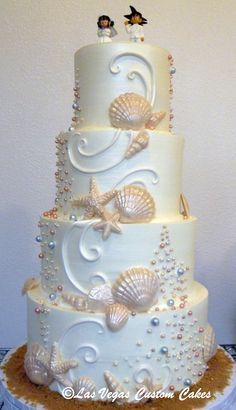 Beach themed wedding cake made by Las Vegas Custom Cakes  - Torten -