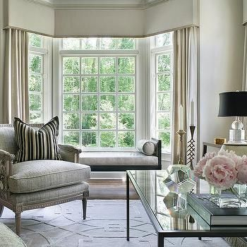 Living Room Bay Window With Black Chaise Lounge Bench Bay Window Living Room Home Design Living Room Formal Living Rooms