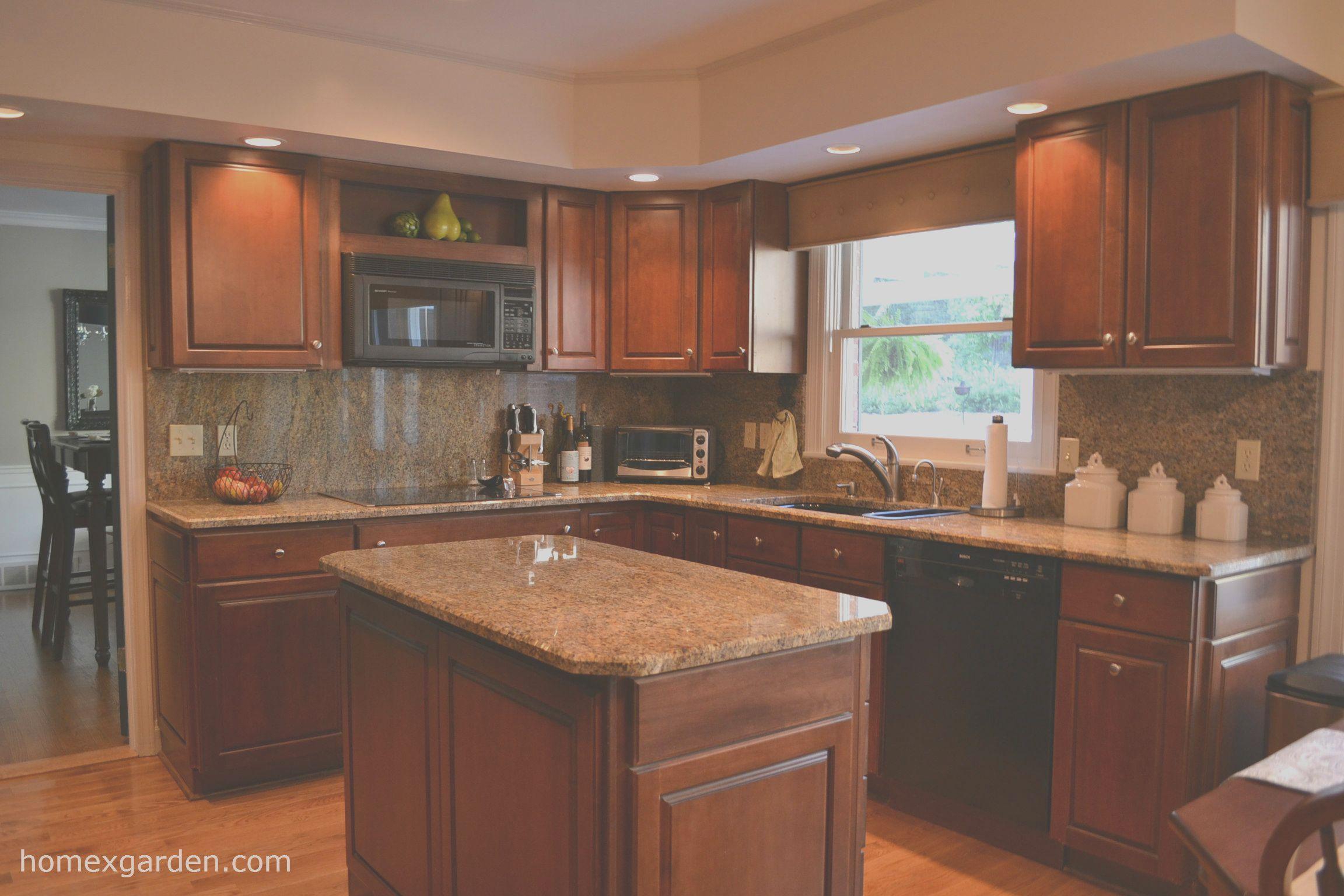 15 Casual Kitchen Ideas Cherry Cabinets Photography In 2020 Cherry Cabinets Kitchen Kitchen Accessories Decor Kitchen Design