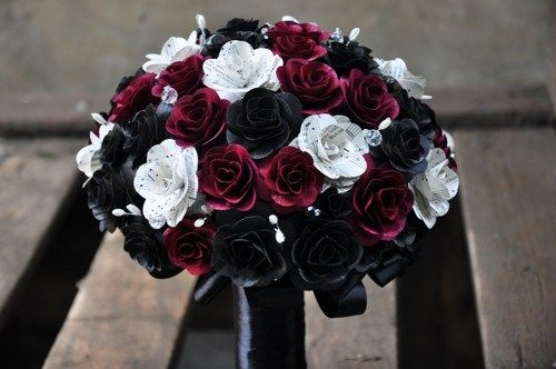 Music Sheet Roses Red And Black Wooden Flowers Bouquet 26764b69