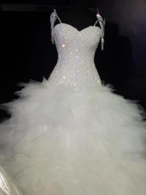 Luxury Ball Gown Spaghetti Straps Sweep Train Organza Wedding Dress ...