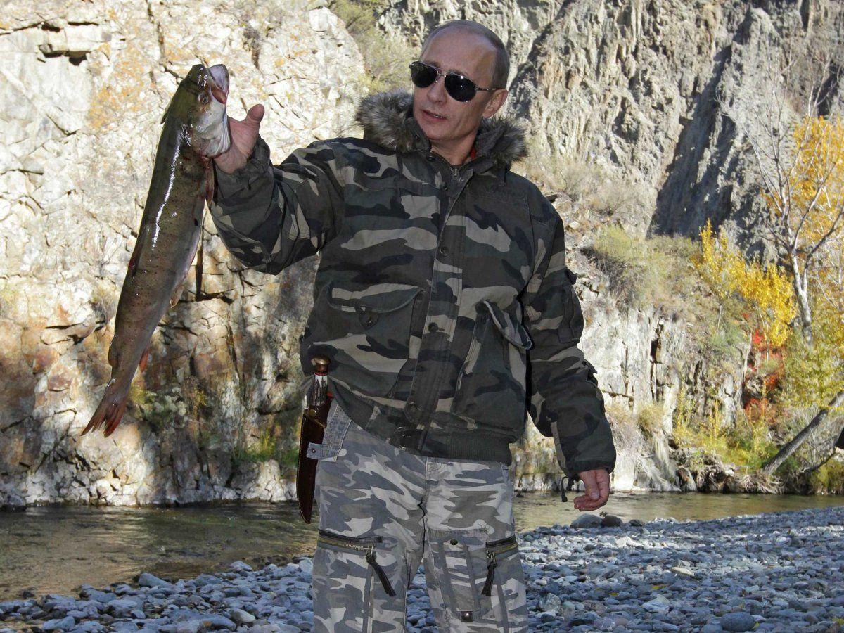 39 Photos That Prove Vladimir Putin Is The Most Badass Leader In World
