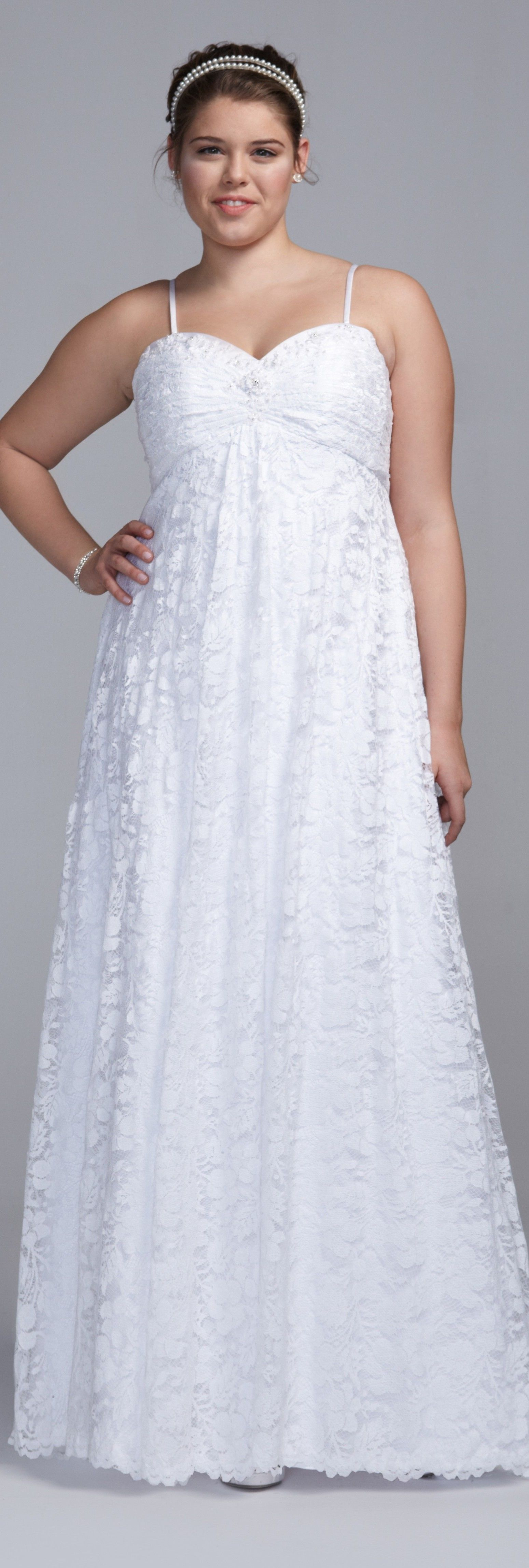 Here 39 s a sexy plus sized wedding dress for hip chicks with for Wedding dresses for large hips