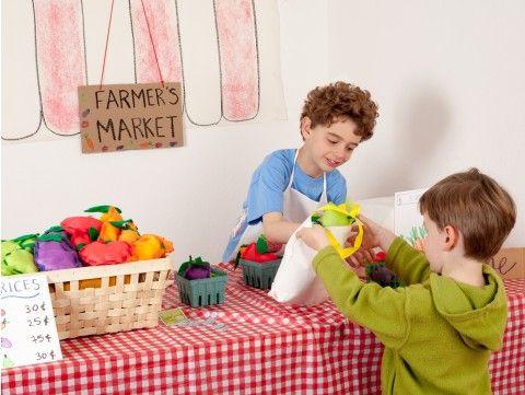Farmers Market Kiwi Crate