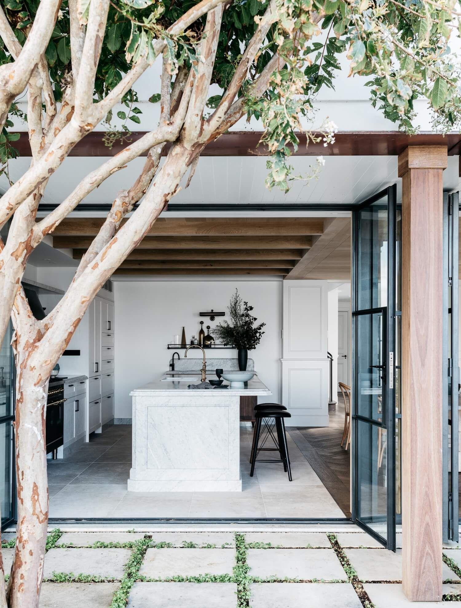 Iluka House in Palm Beach, Sydney by Alexander & Co | Australian ...