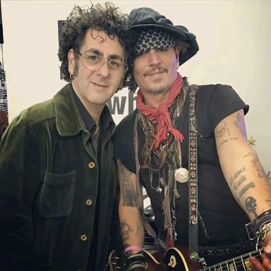 Joe Perry Alice Cooper Christmas Pudding 2021 Bruce Witkin Johnny Depp At Alice Cooper S Christmas Pudding Johnny Depp Johnny Hollywood