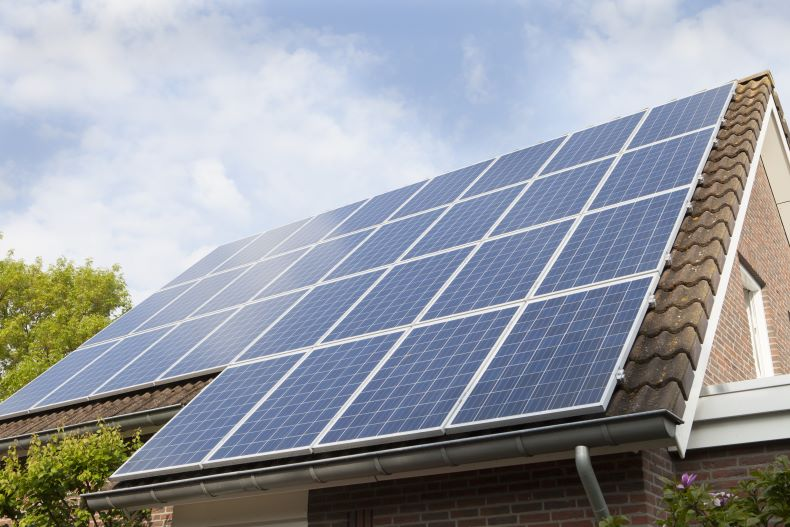 Three Types Of Solar Panel Installations That We Are Thankful For Hahasmart In 2020 Solar Panels Solar Panel Installation Solar Panels Roof