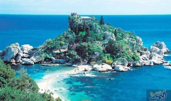 جزيرة صقلية تتميز بجذب السياح لقضاء الأوقات الممتعة طوال العام Outdoor Water Coastline