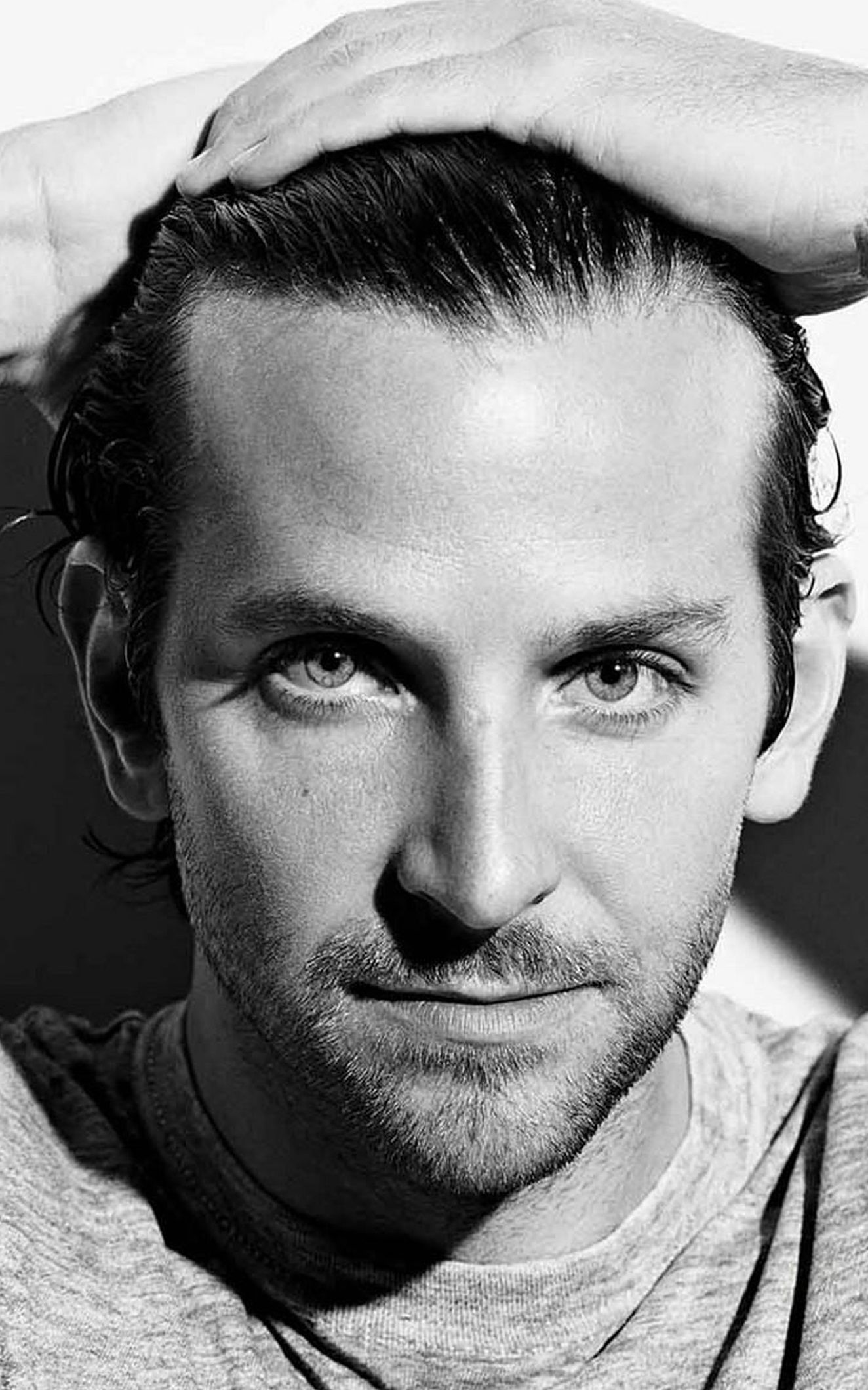 Bradley cooper even in black and white those eyes are pretty